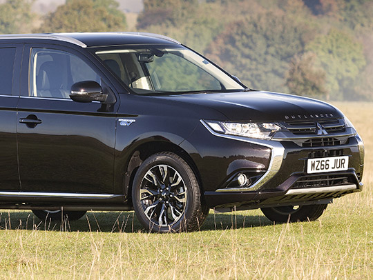 MITSUBISHI Outlander Business PHEV (MY 2016)