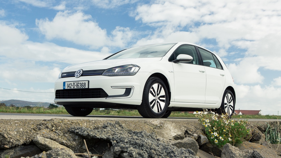 VOLKSWAGEN e-golf (MY 2015)